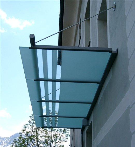 Vordach mit Regenrinne Scheiben satiniert